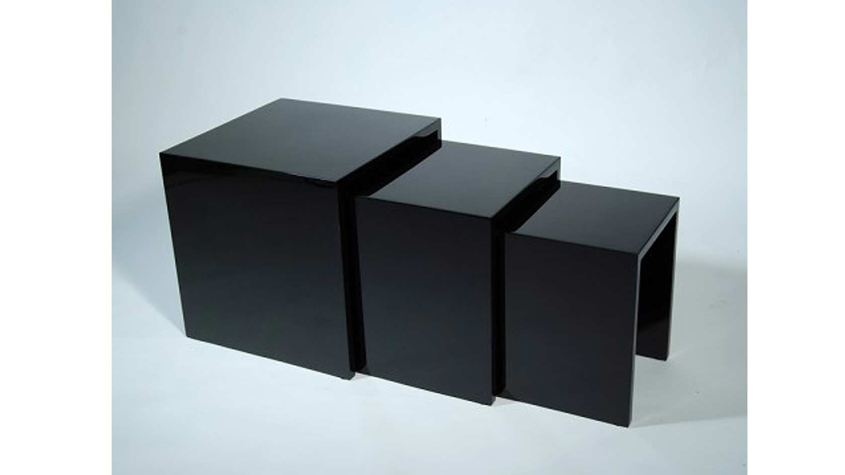 lacquered nesting tables