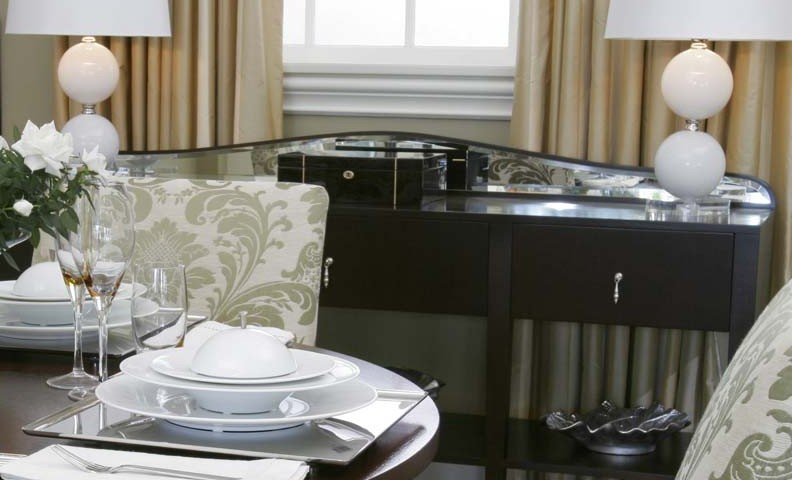 gatsby serving table
