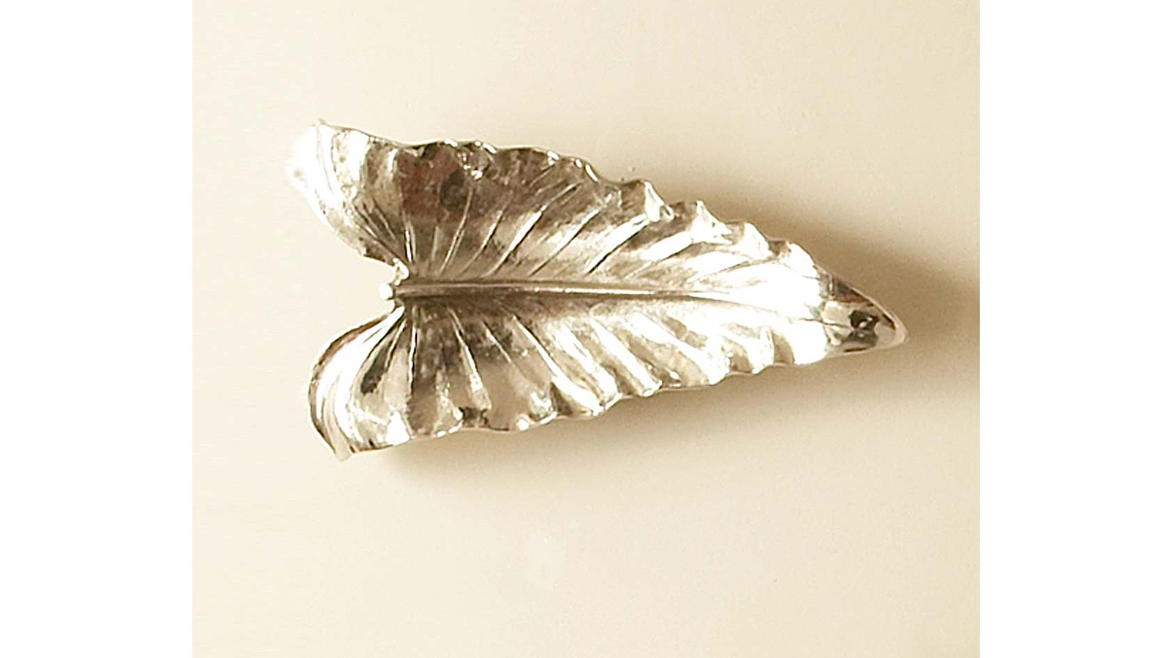 Flamingo Flower Leaf Sculpture/Tray